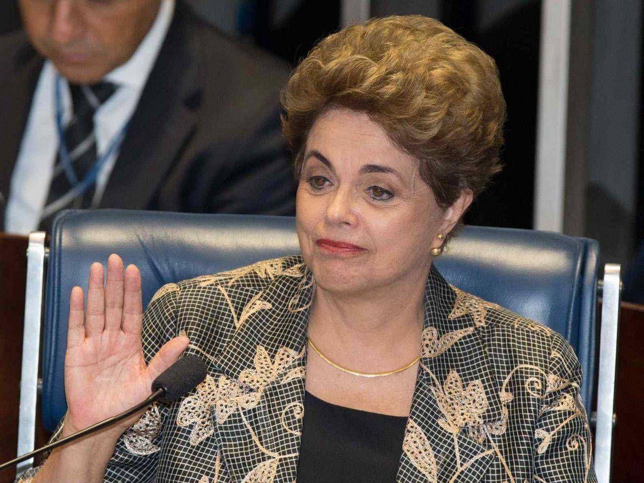 Dilma é 8ª presidente latina a sofrer impeachment desde 90