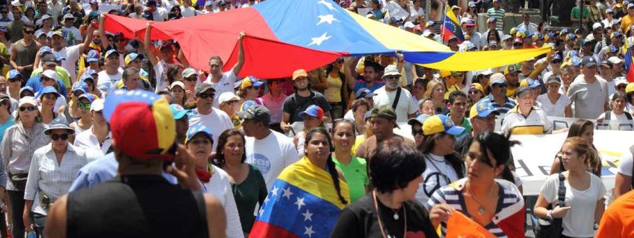 Quatro opiniões para entender a crise na Venezuela