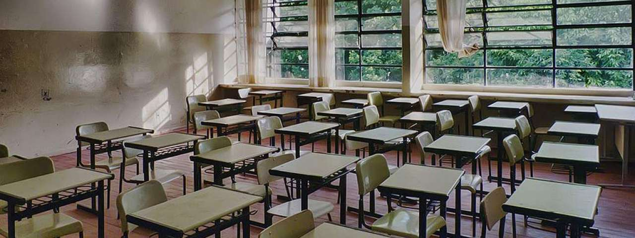 Reforma do ensino médio é incompatível com teto de gastos