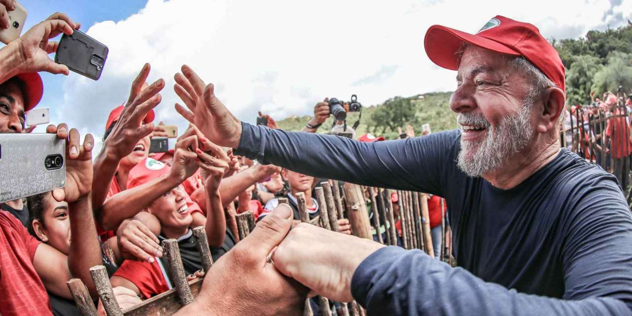 Preso ou candidato, destino de Lula aumentará polarização